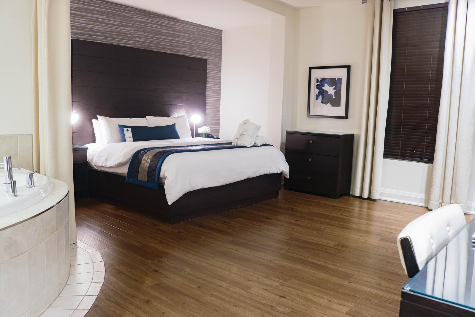 Deluxe Room - Sterling Inn & Spa